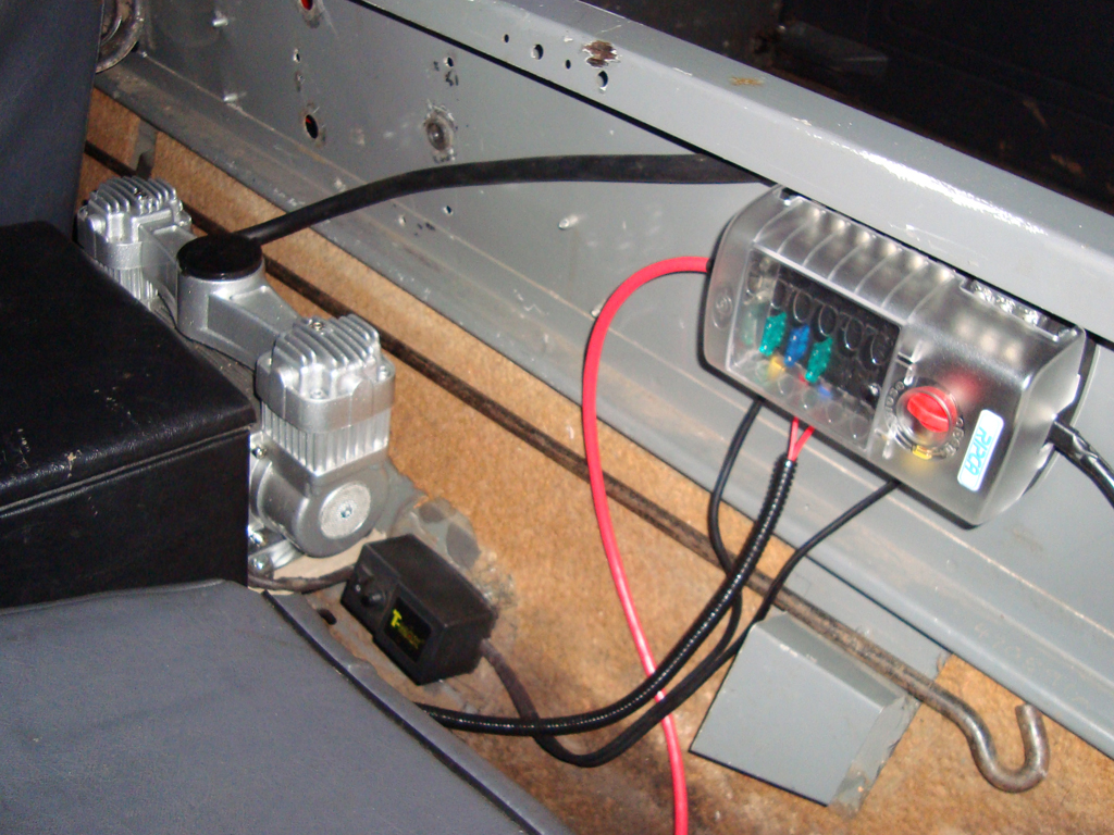 Auxillary Fusebox Install Land Rover Technical Blog Main Electrical Fuse Box My And General Behind Seat Arrangement